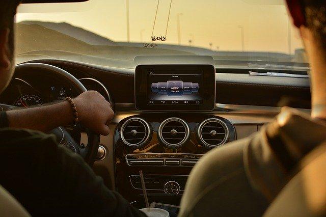 Wybierając zapachy samochodowe warto zapytać o zdanie naszych pasażerów