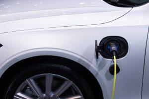 stacja szybkiego ładowania samochodów elektrycznych